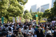 Demo in Tokio, 13.10.13